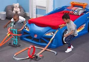 Bedroom Theme Ideas For Adults hot wheels cama de coche y pista de carreras todo en uno
