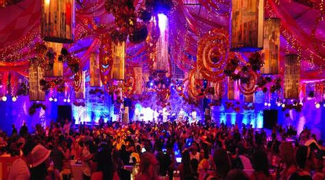 live event themes circus themed corporate event undercover live entertainment