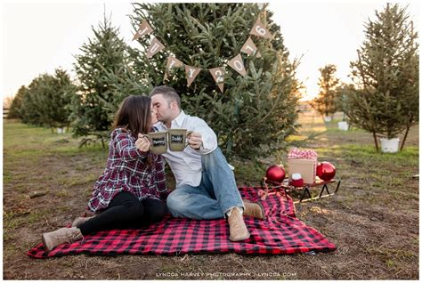 fort worth pregnancy announcement photographer flower