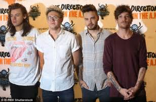 harry styles and his 1d bandmates fell to fourth after being top of