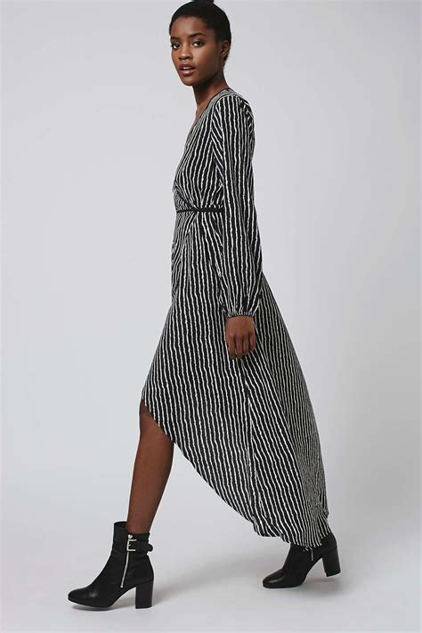 Daster Longdress Base 009 pinstripe wrap duster dress by band of gypsies dresses