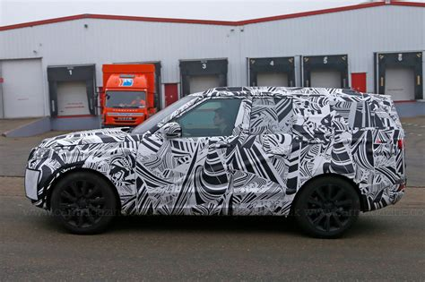 new land rover defender spy shots a new discovery land rover s 2016 disco spied plus info