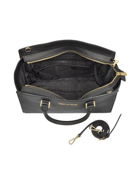 Tas Michael Kors Original Michael Kors Selma Zip Medium Brown michael kors selma top zip satchel id brand concept store