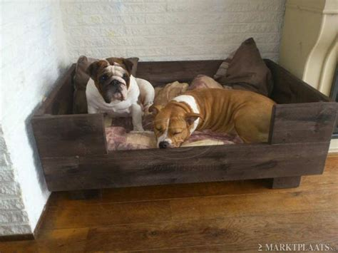 cheap n easy dog bed diy best 25 wooden dog beds ideas on pinterest dog beds