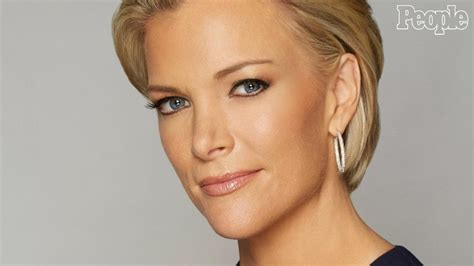 what color are megyn kellys eyes golden globes 2017 megyn kelly lets loose at after party
