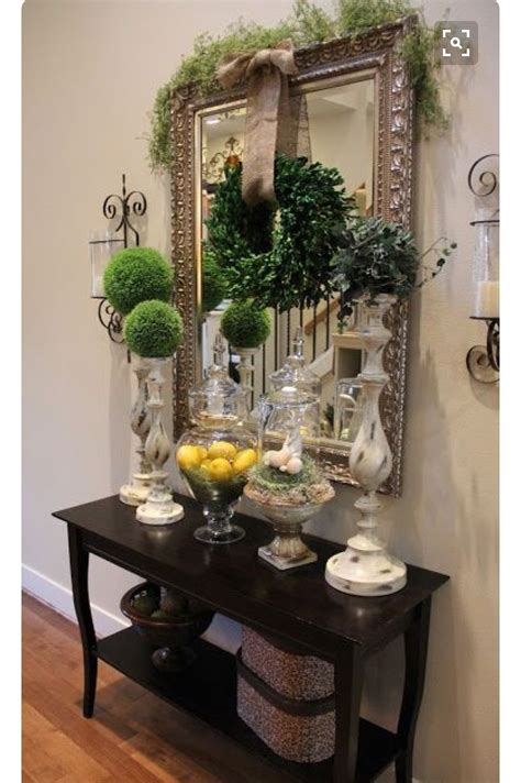 How To Decorate Foyer Table
