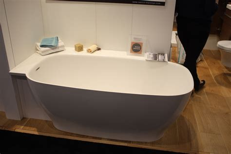 bathtub com a modern take on an old concept freestanding bathtubs