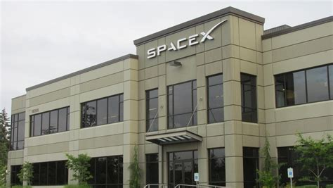 Office Space X Elon Musk S Spacex Expands In Redmond And May Soon Build