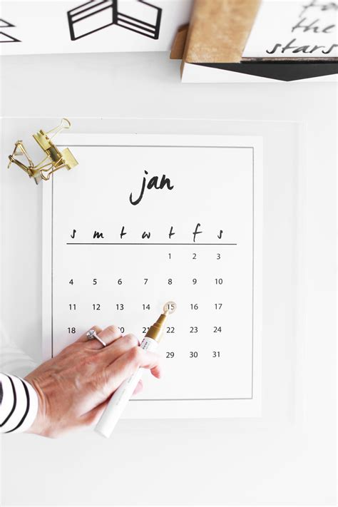 Calendar Do It Yourself This Acrylic Calendar Is Ridiculously Easy To Diy Kristi