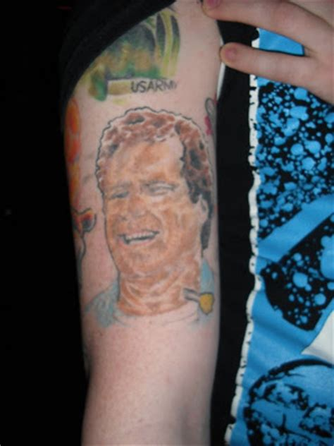 neck tattoo will ferrell red fang little rock arkansas 2 13 09