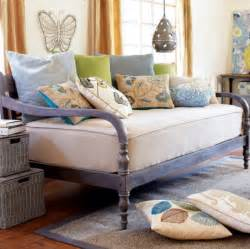 6 dreamy daybeds craft