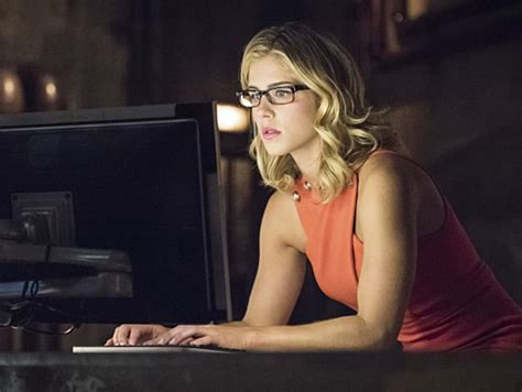 felicity smoak actress quiz how much of a true quot arrow quot fan are you playbuzz