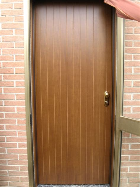 porte interne blindate porte blindata in legno pantografato modello a doghe verticali