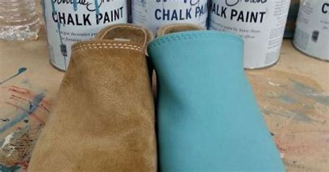 chalk paint shoes painting shoes or clogs with chalk paint 174 by sloan
