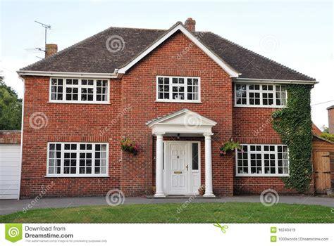 Simplehouse by Casa Destacada Do Tijolo Vermelho Fotos De Stock Imagem