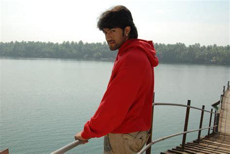 kannada actor yash date of birth kannada actor yash photos profile movies list up coming