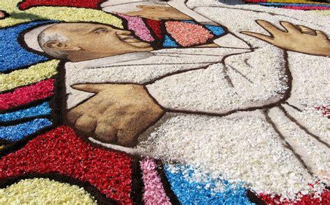 tappeto di fiori infiorata di genzano tappeto di fiori al corpus domini