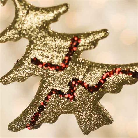 gold and red glitter christmas tree bead garland