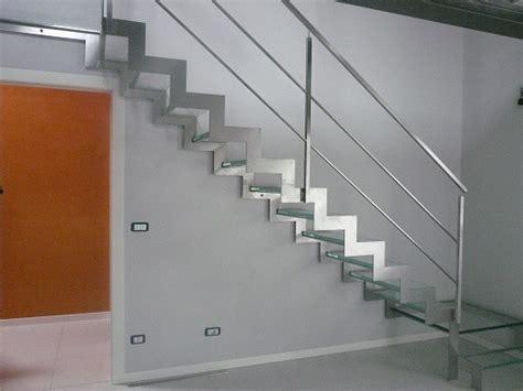 ringhiere per interni immagini scale interne ringhiere vetro progettazione di
