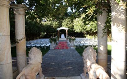 Brownstone Gardens   Ceremony & Reception Venues