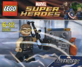 lego super heroes hawkeye with equipment set review