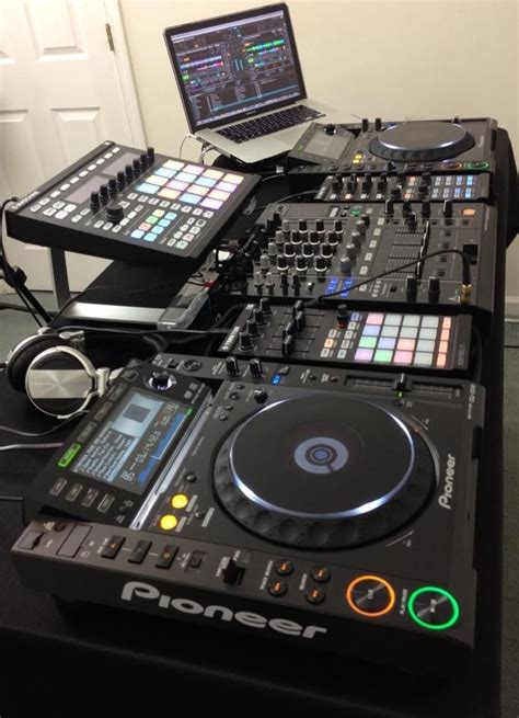 best dj equipment the 25 best dj setup ideas on dj dj