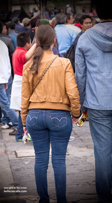 nalgona en jeans sexy girls on the street girls in jeans spandex and