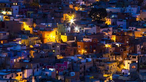 night lighting   city  ganajuanto mexico windows