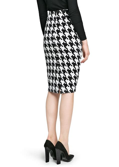 mango houndstooth pencil skirt in white lyst
