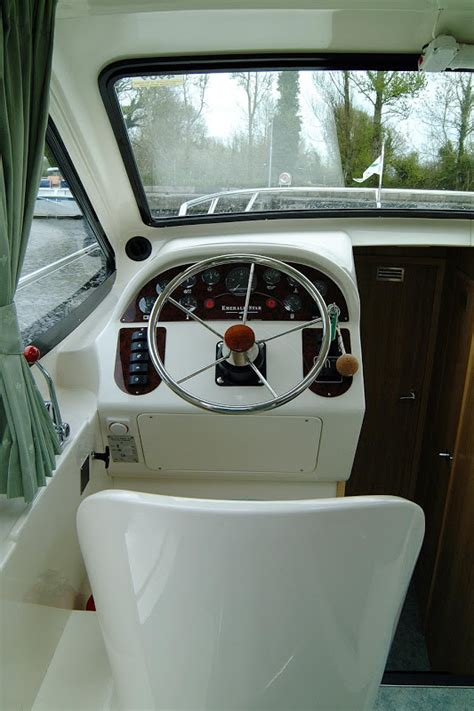 Karet Boot Steer magnifique hausboot mieten le boat