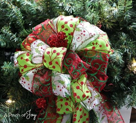 large lighted outdoor wreath outdoor