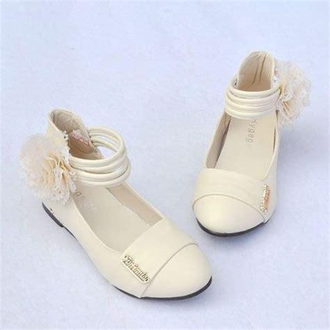 ivory childrens sandals ivory flower sandals ivory flower junior