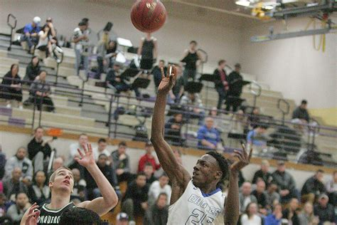 round federal way mental mistake costs eagles in quarterfinal round