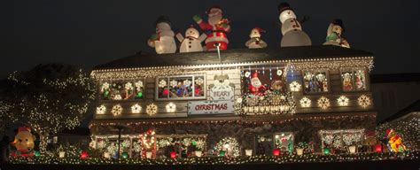 christmas lights point cook newport local news homeowners go all out for ring of lights newport local news