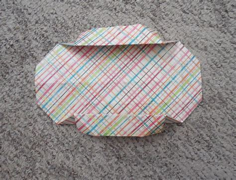 Self Closing Origami Box - how to make a self closing origami box