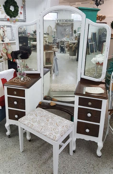 1920 S Dressing Table With Mirror by Best 25 Tri Fold Mirror Ideas On Mirrors