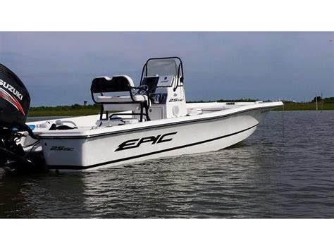 epic bay boats 25sc 2014 epic 25sc powerboat for sale in texas