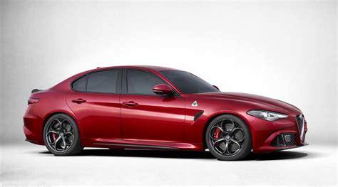 Alfa Romeo Giulia Fiyat by 2017 Alfa Romeo Giulia Quadrifoglio 214 Zellikleri Ve Fiyat