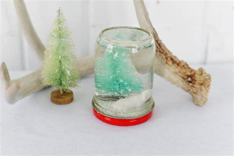 Handmade Snow Globes - diy snow globes