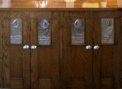 mackintosh style oak kitchen cabinets