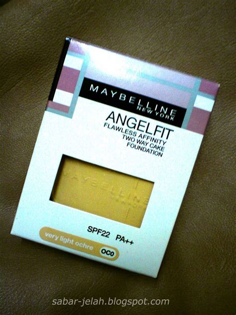 Bedak Maybelline Two Way Cake gniesyazni review maybelline angelfit two way cake