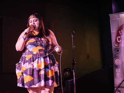 Beth Ditto Wants To Record A Duet With Kate Moss by Microshow Beth Ditto Rocks The Turf Club The Current