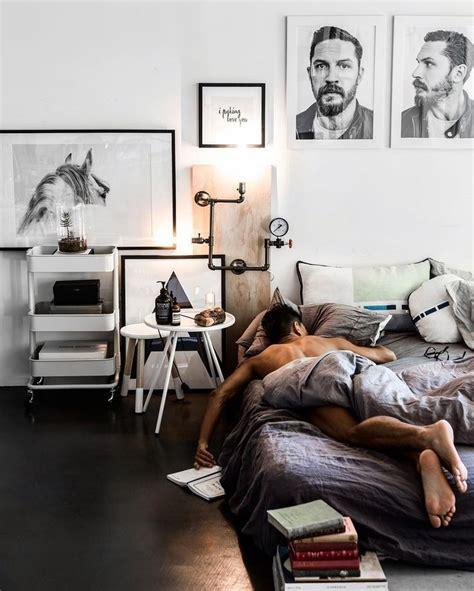 what men want in the bedroom best 25 guy bedroom ideas on pinterest grey walls