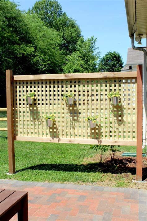Screen Ideas For Backyard Privacy by 25 Best Ideas About Outdoor Privacy On Patio