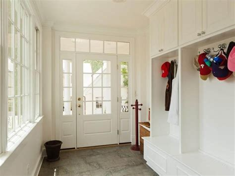 45 superb mudroom entryway design ideas with benches 35 mudroom shelves with hooks pdf diy entry shelf plans
