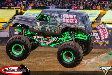grave digger monster truck wiki quot grandma quot grave digger monster trucks wiki fandom