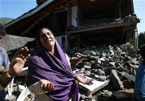 Pakistan Earthquake 2005 Essay by 17 Best Images About Jour175 Section701 Photo Essay Board On Picture Show 5 Years