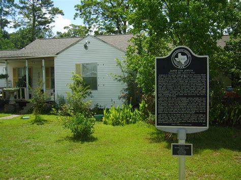 casa onde janis joplin cresceu  texas esta  venda