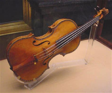 Violin Papercraft - descubierto el secreto de los violines stradivarius