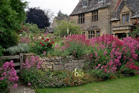 Cotswold Garden Flowers Cotswold Gardens